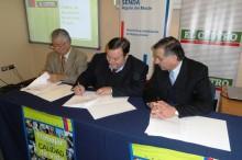 Firma de convenio entre El Centro y SENDA