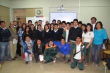 equipos de debate de la escuela técnico profesional que se preparan para el regional del 14 de noviembre
