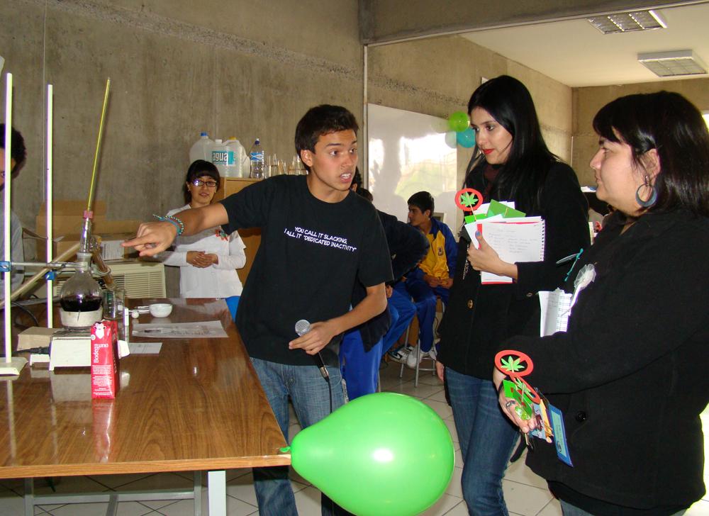 Estudiantes mostraron sus iniciativas al jurado