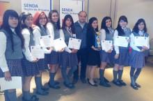 Alumnas del Liceo Politécnico Belén de Copiapó se convirtieron en las ganadoras del torneo regional de debates.