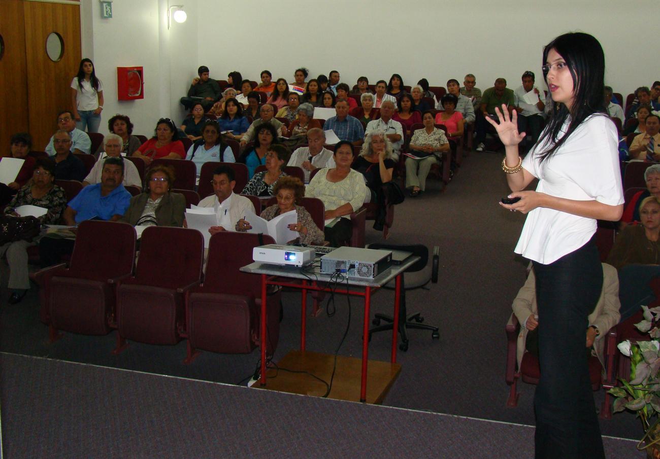 La coordinadora de SENDA expuso a los dirigentes
