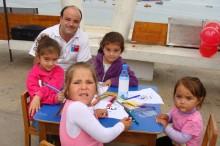 """Rincón lúdico para los niños y niñas quienes se entretuvieron pintando los personajes del programa de SENDA """"En Busca del Tesoro"""""""