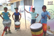 Menores en pleno taller de batucada el cual estuvo a cargo del monitor de la OPD Patricio Villalobos