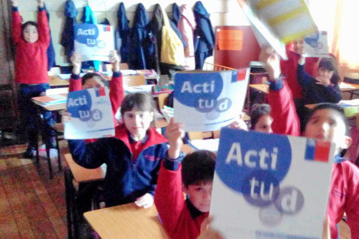 Escuela Francia inicia el semestre con jornada preventiva