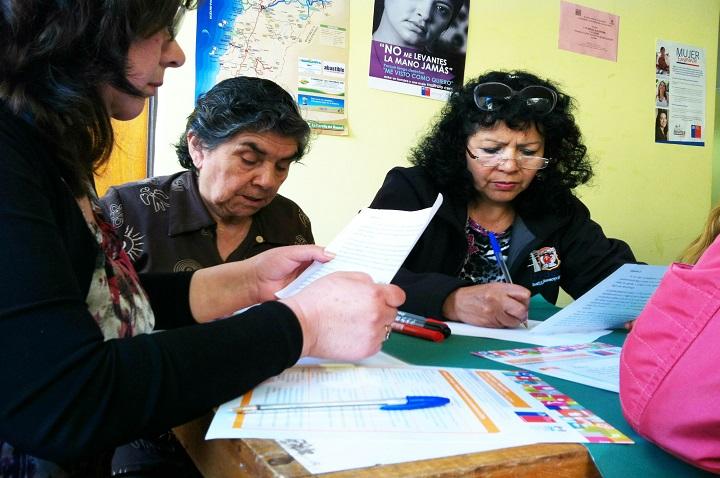 Mujeres continúan trabajo con programa Senda Previene