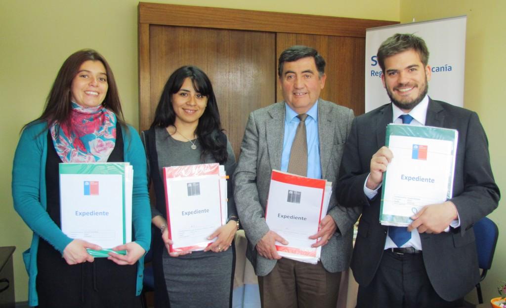 """Revisión de expedientes de """"Escuelas Preventivas de La Araucanía"""""""