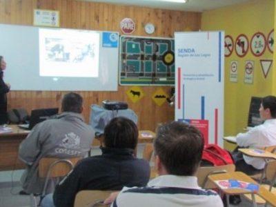 CONACE crea mesa regional de prevención del consumo en espacios laborales