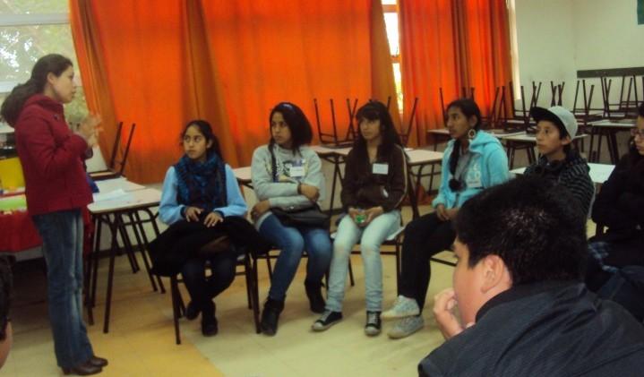Directores de escuelas de Puerto Montt conocen oferta preventiva