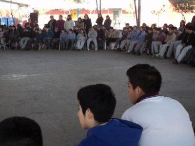 SENDA-Previene de Bulnes entrega información preventiva en Plaza de la Justicia
