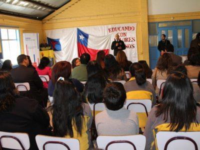 SENDA y plantel de Curicó Unido se unen para prevenir consumo de drogas