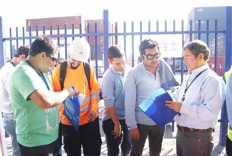 SENDA celebra prevención con familias de Puerto Aguirre