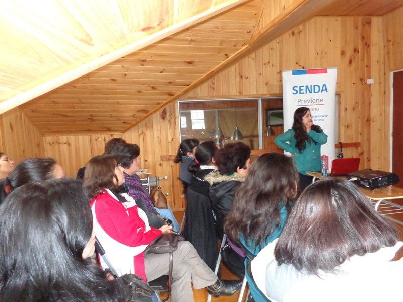Aplican alcotest educativo en zona de carrete de Puerto Montt