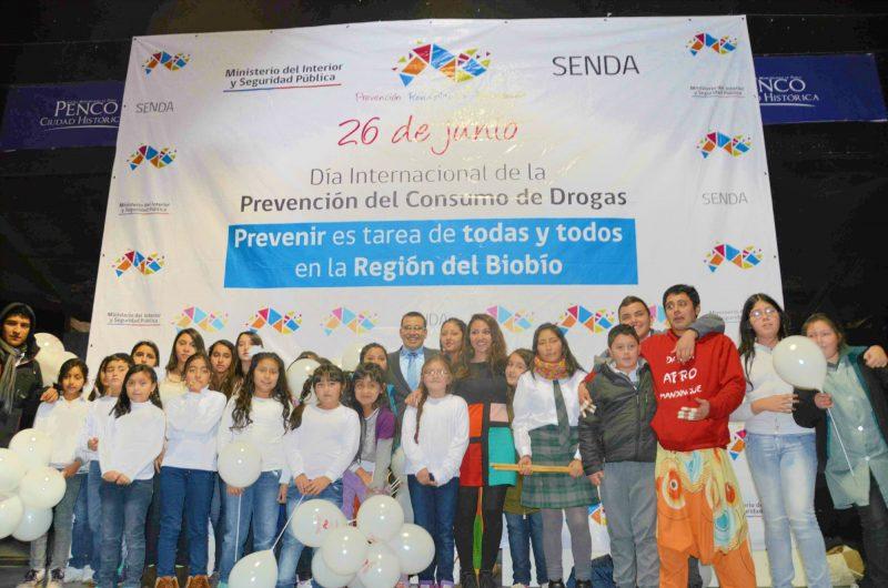 Celebran egreso de 13 usuarios de centro de tratamiento Antumapu