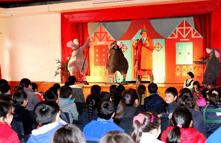 Senda Machalí presentó exitosa obra de teatro a escolares de la comuna