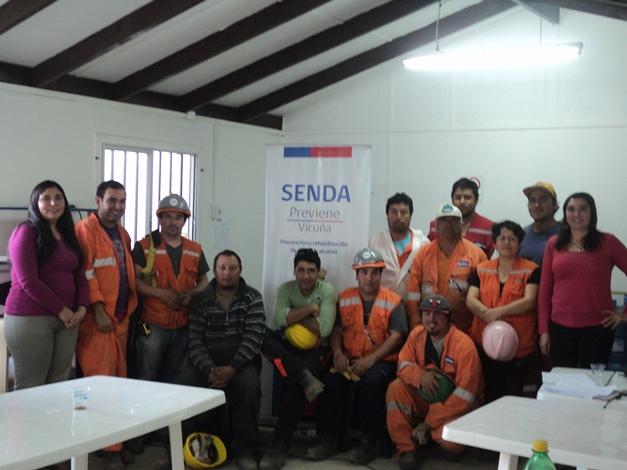 Dictan charla a trabajadores de empresa constructora en Vicuña