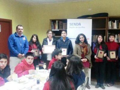 Masters College de Valdivia ganó concurso de frases radiales preventivas