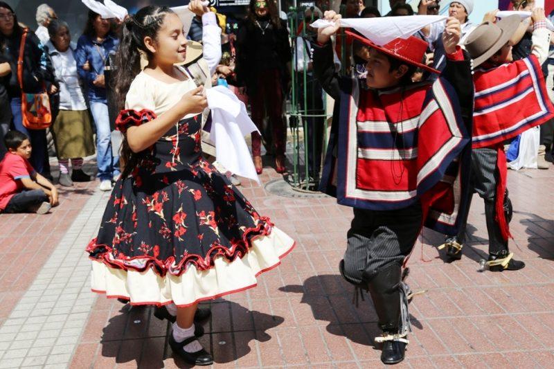 Con «esquinazo» SENDA Antofagasta llamó a prevenir accidentes en Fiestas Patrias