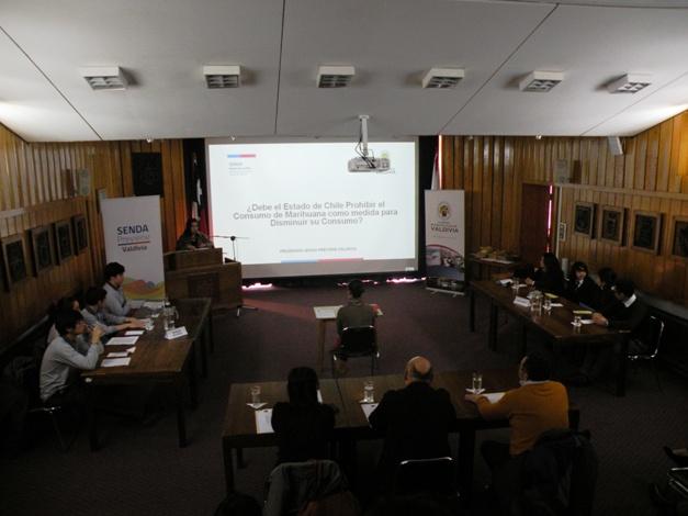Instituto Superior de Administración y Turismo triunfó en debate estudiantil comunal Valdivia