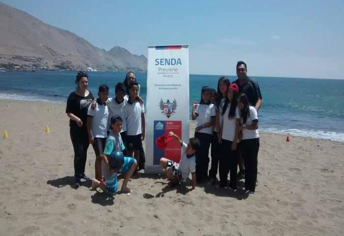 Escuela de Pisagua promueve prevención del consumo de drogas y alcohol a través del deporte