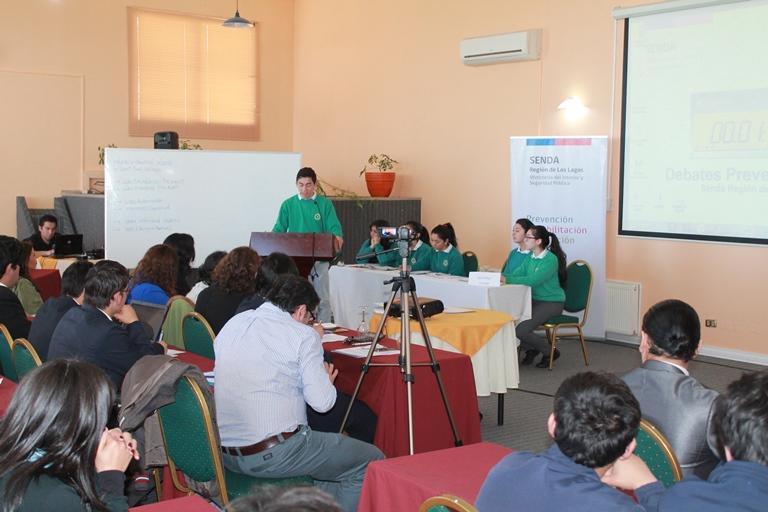 Liceo Andrés Bello gana Debates Estudiantiles de Senda Los Lagos