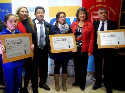 Establecimientos educacionales viñamarinos reciben certificación en programas de Prevención