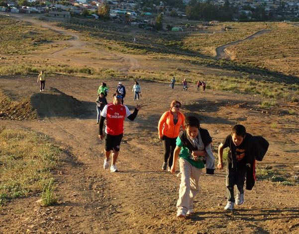 En Andacollo realizan primer trekking preventivo familiar