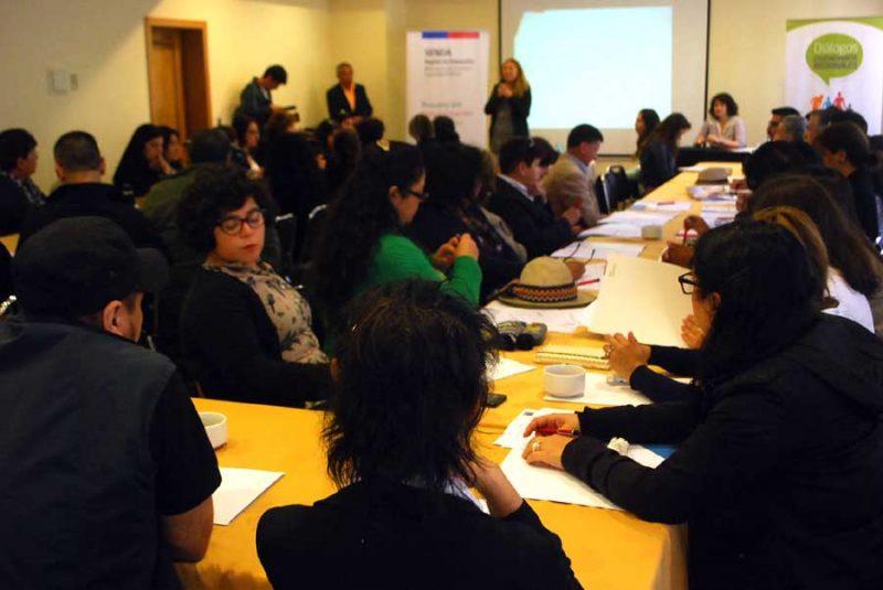 Organizaciones sociales de la región de Valparaíso se reúnen para dialogar participativamente con Senda