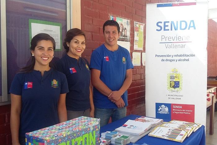 Senda Vallenar participa en feria preventiva en Colegio Cristiano Behtel