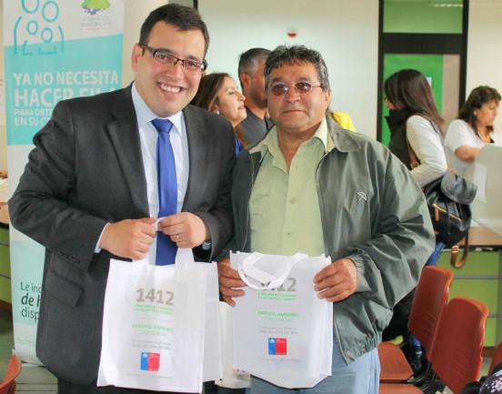 SENDA Biobío informa sobre FONO DROGAS 1412 a vecinos de  San Pedro de la Paz
