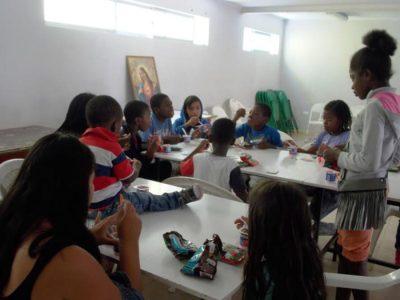 Congregación Buen Pastor trabaja talleres preventivos del consumo de drogas y alcohol con familias migrantes