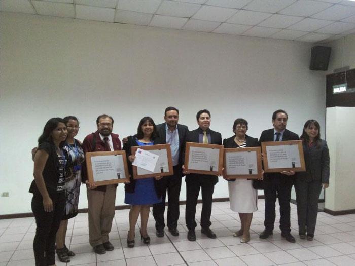 Escuela de Villarrica recibe material preventivo traducido al mapudungún