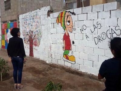 Niños, niñas y jóvenes crean mural para fortalecer la prevención de drogas y alcohol