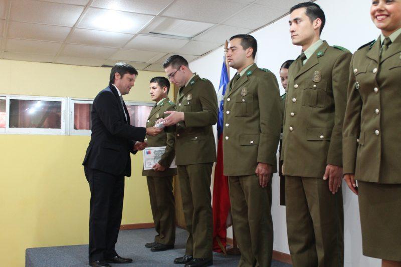 O.S.7 Y SENDA capacitan a funcionarios de la Prefectura Colchagua en el control y prevención de tráfico de drogas.