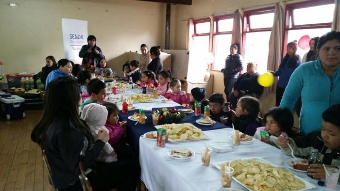 SENDA Previene Valdivia celebró Navidad junto a niños y niñas de población Pablo Neruda