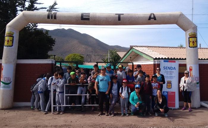 Escolares participan en trekking preventivo en localidad de Marquesa