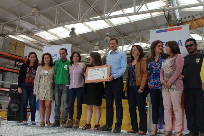 Con ritmo carioca, SENDA Previene de Santiago celebra Día de la Prevención