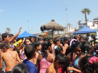 Yumbel sigue celebrando y lo hace con títeres para más de 500 niños