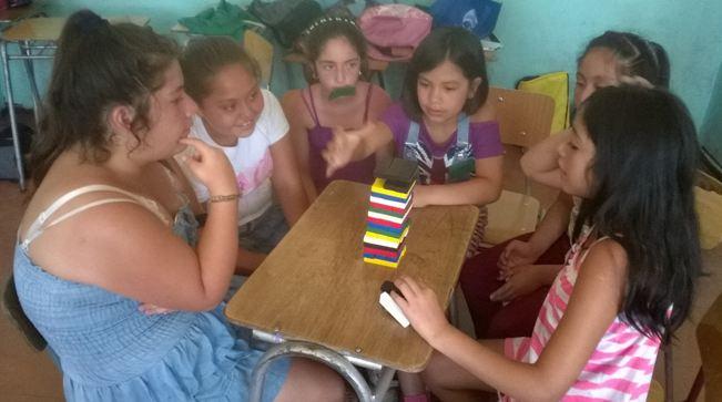 Campaña de verano llega a Escuela Santa Sara de Batuco