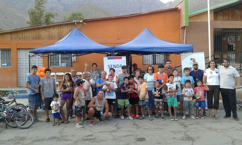 Cicletada familiar reunió a vecinos de Rivadavia en torno a la prevención