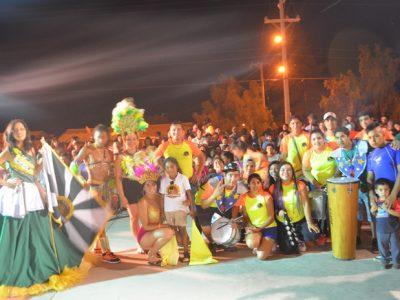 Villa El Palqui vive un gran carnaval de verano