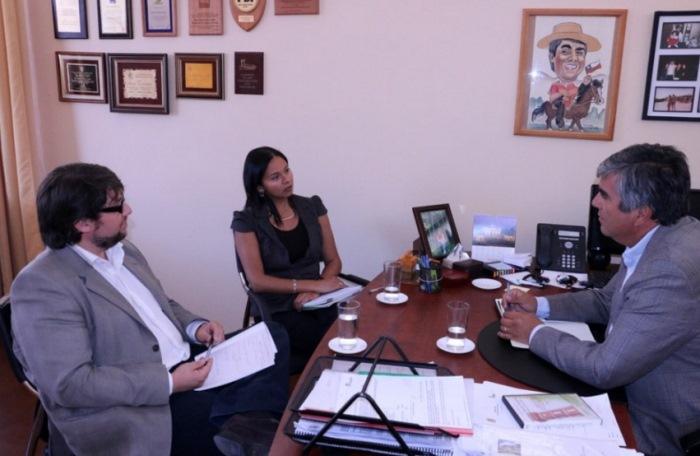 SENDA Coquimbo y municipio de Vicuña proyectan acciones preventivas conjuntas para 2016