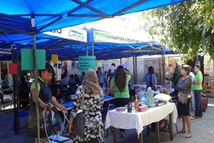 Previene Lo Espejo difunde oferta SENDA en feria del Día de la Mujer