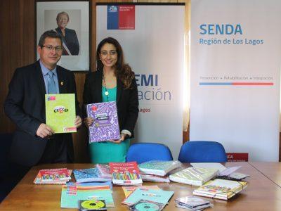 Seremi de Educación recibe material de nuevo programa preventivo de SENDA para establecimientos educacionales