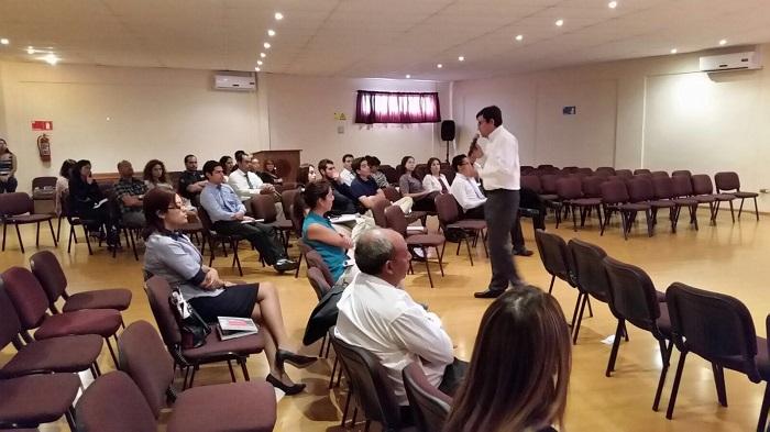 Orientadores de Colegios de Alto Hospicio conocen nuevo programa preventivo de SENDA