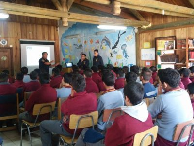 PDI Los Ríos junto a SENDA Previene Paillaco realizaron charla a estudiantes del Liceo Radio 24 El Llolly