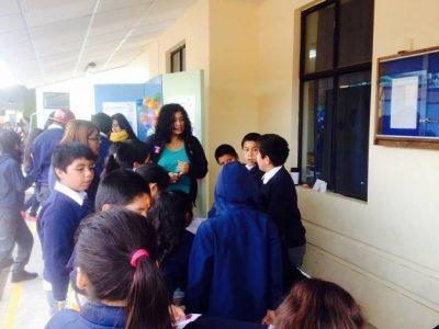 Alumnos de la Escuela República de Italia participan en feria saludable