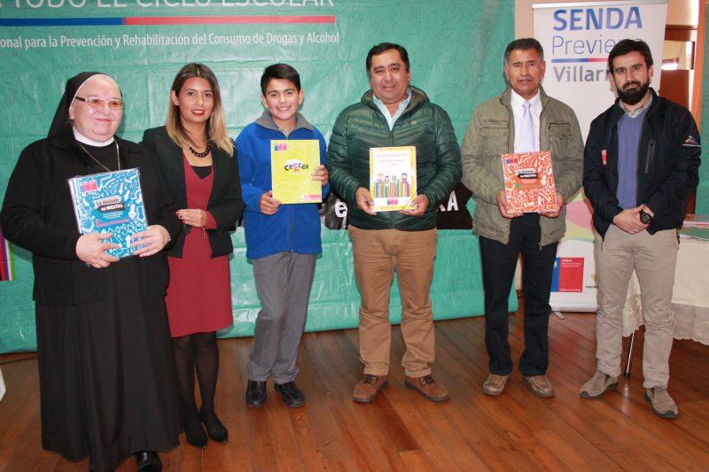 64 establecimientos de la comuna de Villarrica recibieron material preventivo de SENDA Araucanía