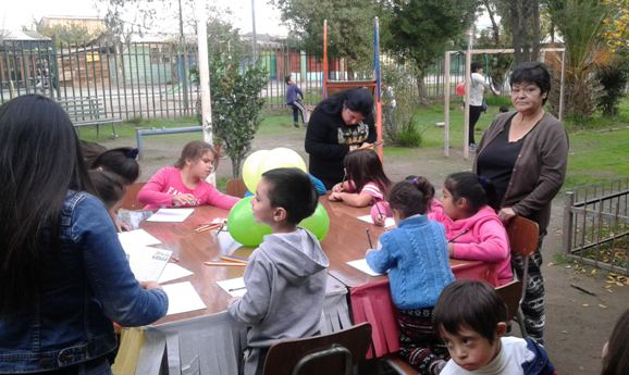 Previene Lo Espejo organiza entretenida tarde recreativa para niños y padres