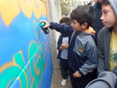 Crean mural preventivo en Escuela Bélgica de Punitaqui