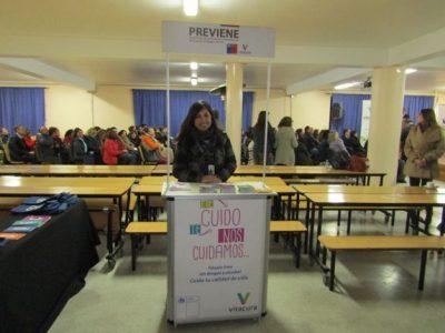 SENDA Previene Vitacura participa en Charla de Seguridad Comunal